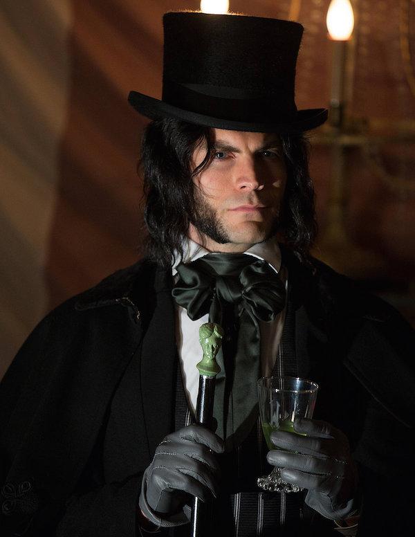 'Edward Mordrake (Part 1)': Recap of 'American Horror Story: FreakShow'